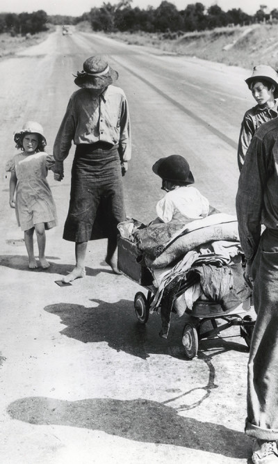 aq_block_1-Family on the Highway, Oklahoma, 1938